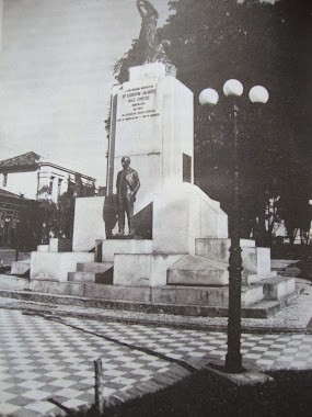 ESTATUA DO GOVERNADOR BIAS FORTES