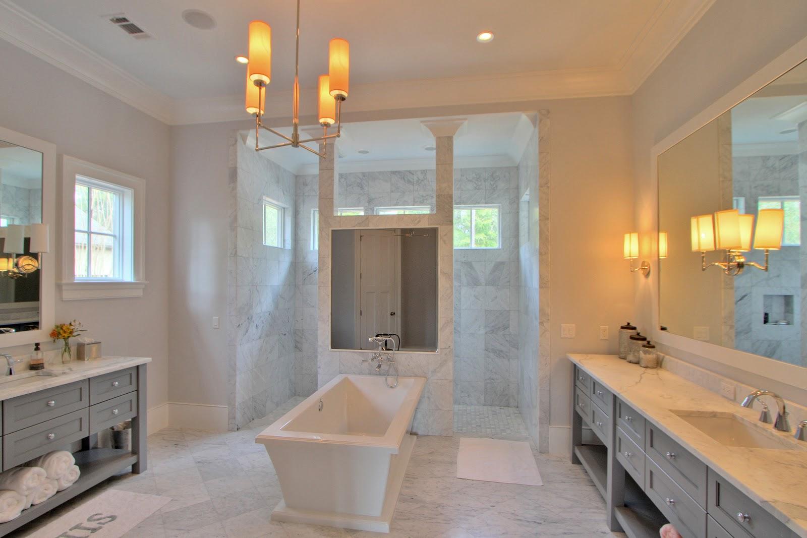 Trends in master bath vanity cabinet or mirror mirror on for Latest trends in master bathrooms