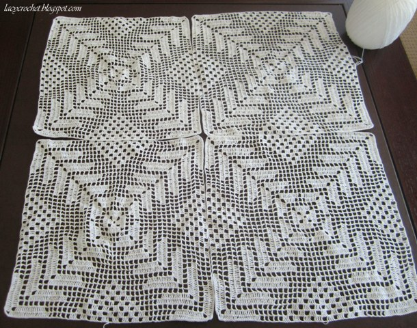 Motif Tablecloth Crochet Pattern Free : Lacy Crochet: Tablecloth Update: Four Motifs Done