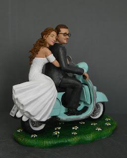 cake topper sposini scooter romantici torta nuziale statuine orme magiche
