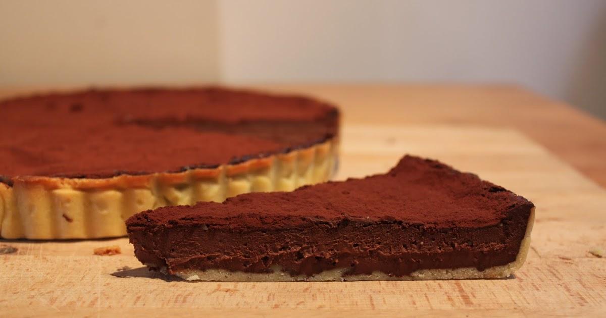 les gourmandes de montr al la tarte au chocolat de l 39 express. Black Bedroom Furniture Sets. Home Design Ideas