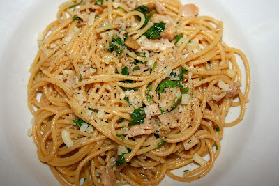 Spaghetti and Clam Sauce