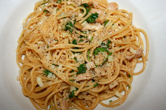 spaghetti with clam sauce 