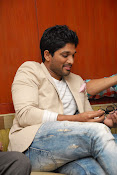 Stylis Star Allu Arjun latest Photos Stills-thumbnail-3