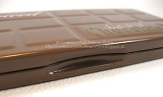Too Faced - Semi-Sweet Chocolate Bar - chiusura