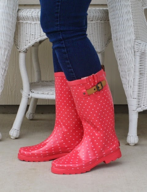 Poppy Dot Chooka Rain Boots - Review #fashion ~ Planet Weidknecht