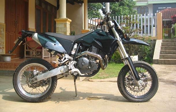 modifikasi motor yahama scorpio trail
