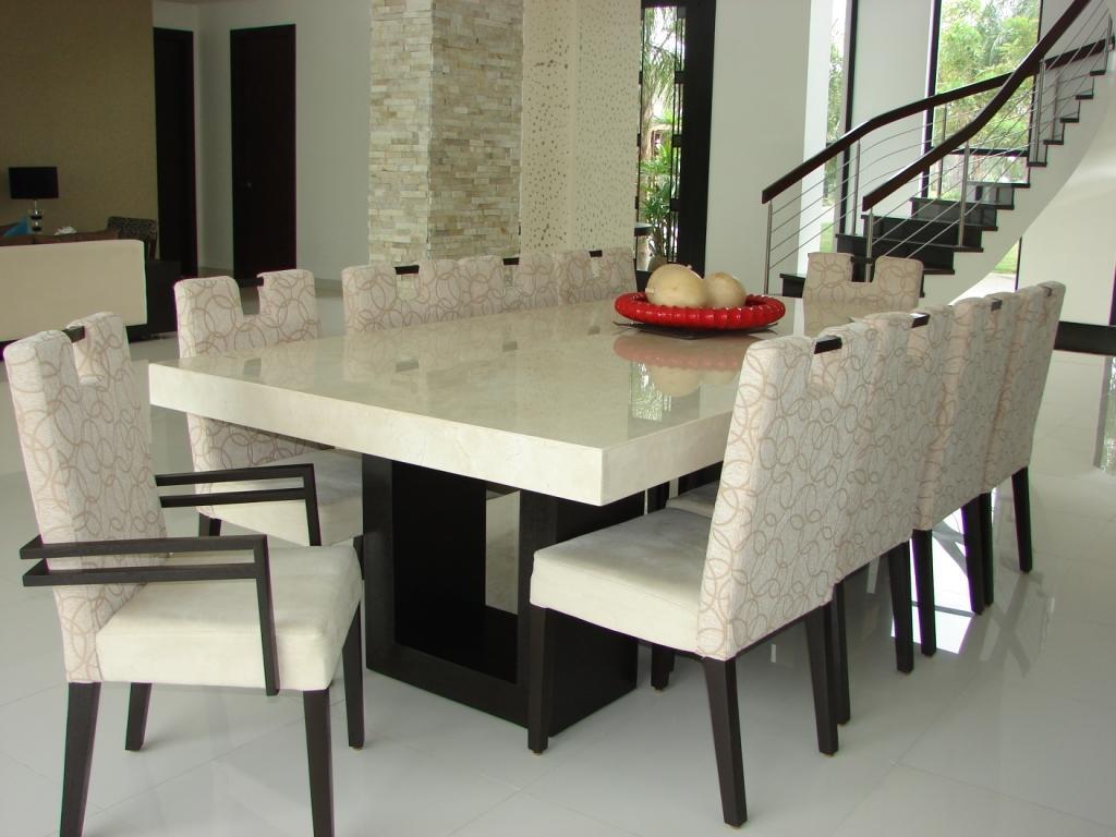 Arquitectura interior comedor de m rmol 8 puestos for Comedores modernos para 4 personas