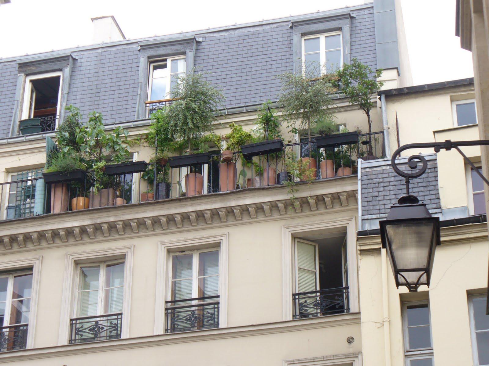 les balcons de paris les balcons paris des jardins suspendus. Black Bedroom Furniture Sets. Home Design Ideas