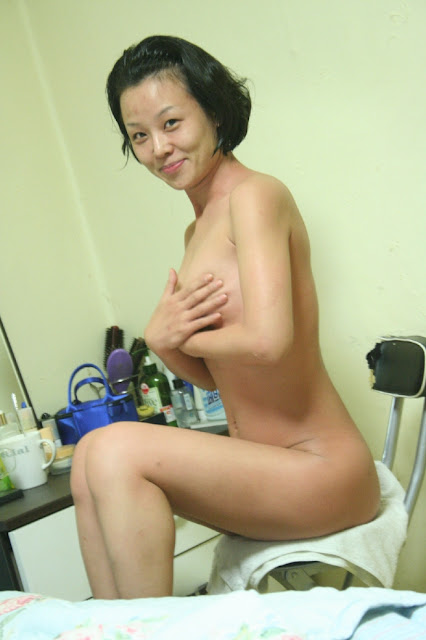 Super Cute & Beautiful Korean Honeymoon wife Sang Heon's private nude and filthy sex photos leaked (4) (332pix)