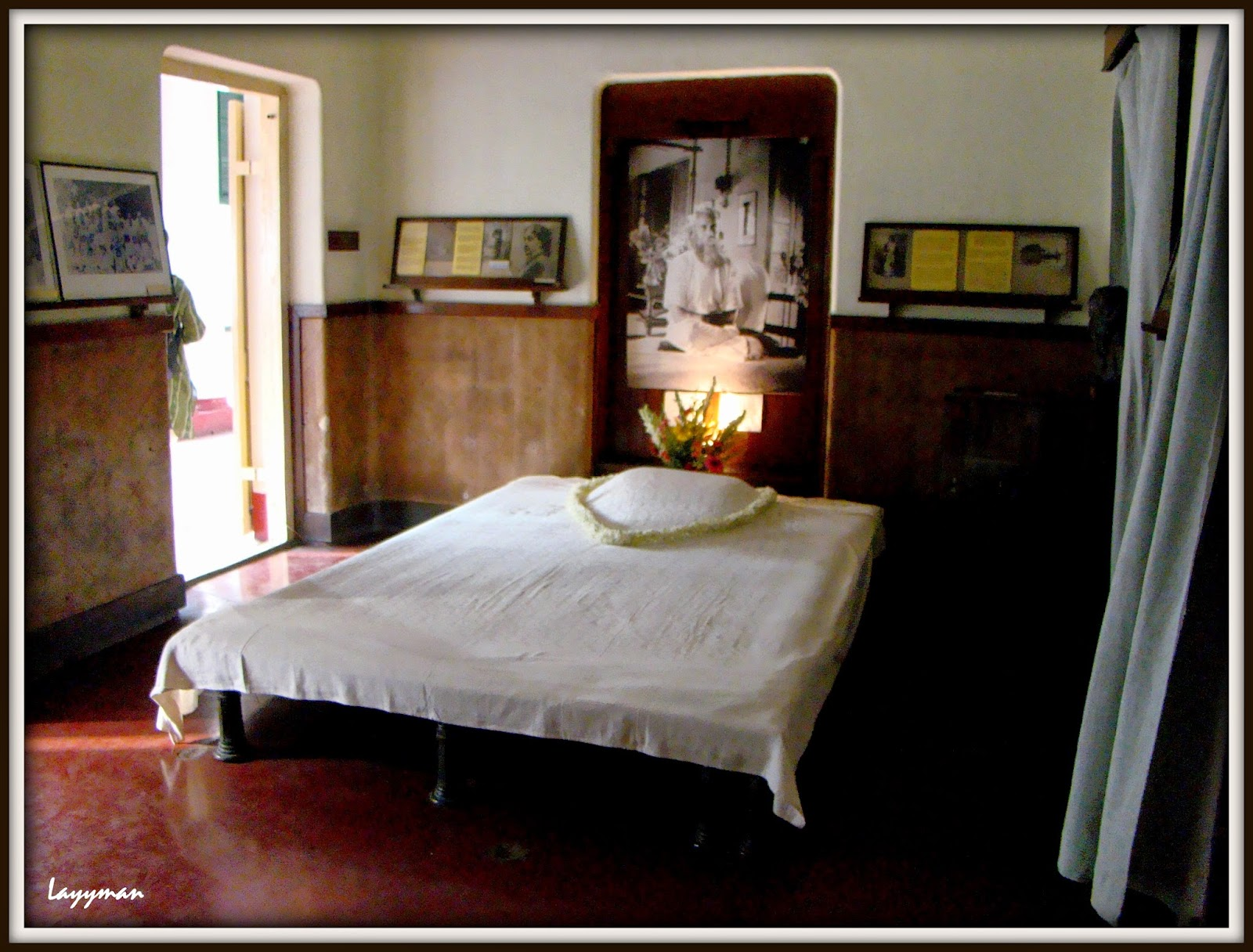 Room adjacent to the room wherein the poet died. Jorasanko Thakur Bari