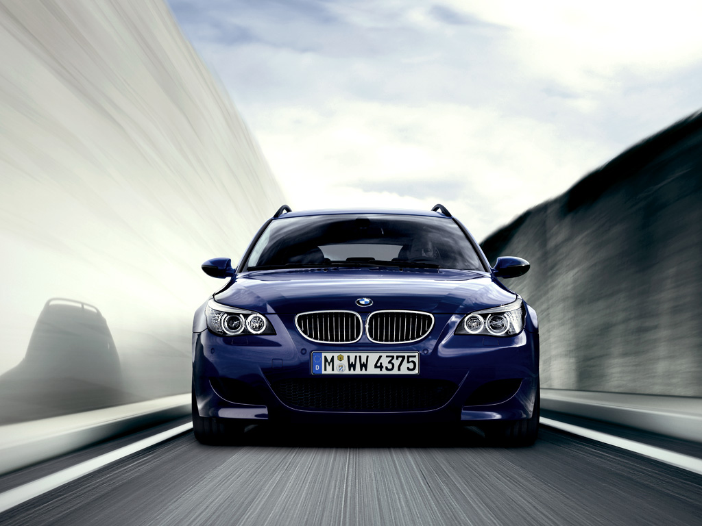 The Bmw M5 Touring Wallpapers For Pc Bmw Automobiles
