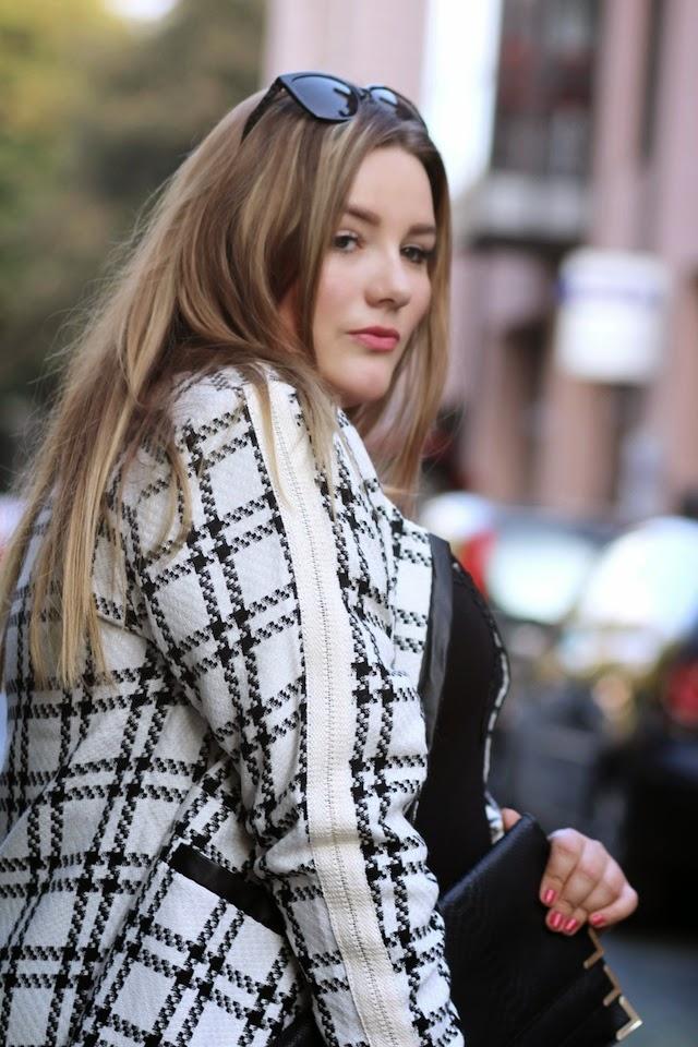 Plus Size Outfit Mantel Spitzenkleid Carmakoma Zizzi