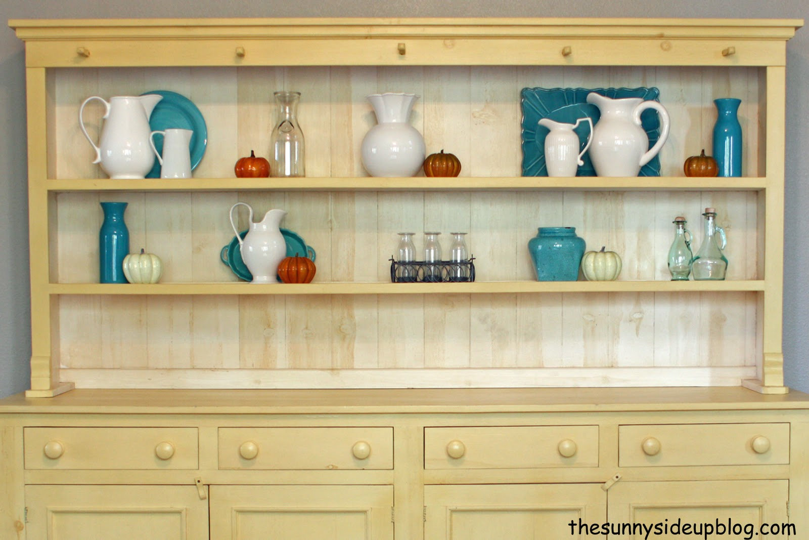Sunny Side Up: Hutch makeover