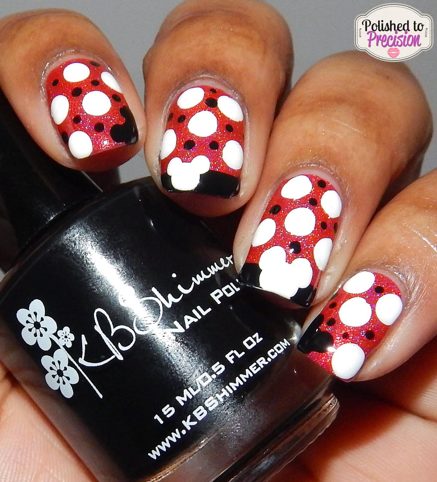 Mickey Mouse Nail Art