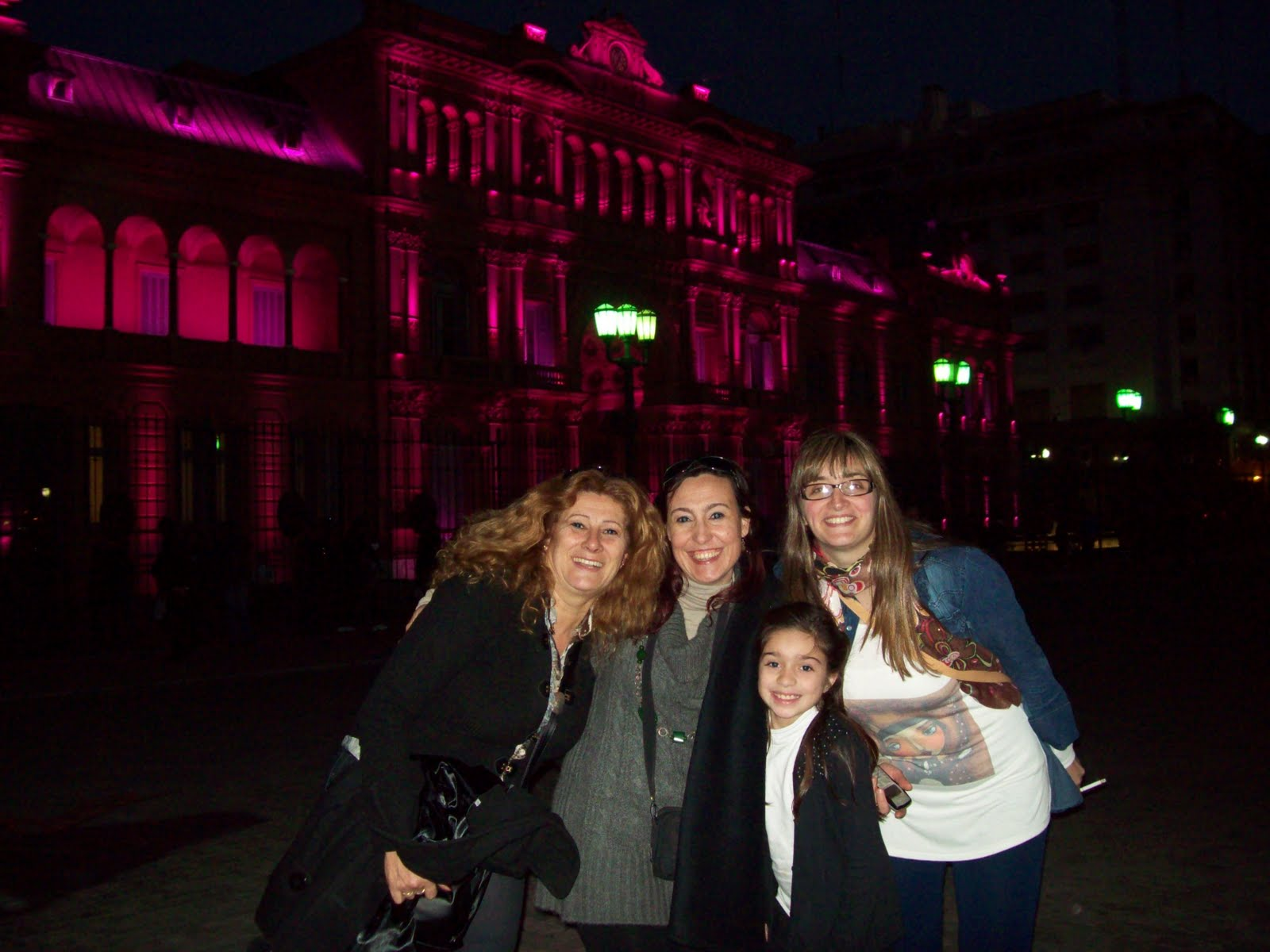 Que tiene la mujer argentina en la cabeza el for El mural de siqueiros en argentina