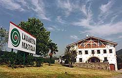 Lauaxeta Ikastola - Bideoa