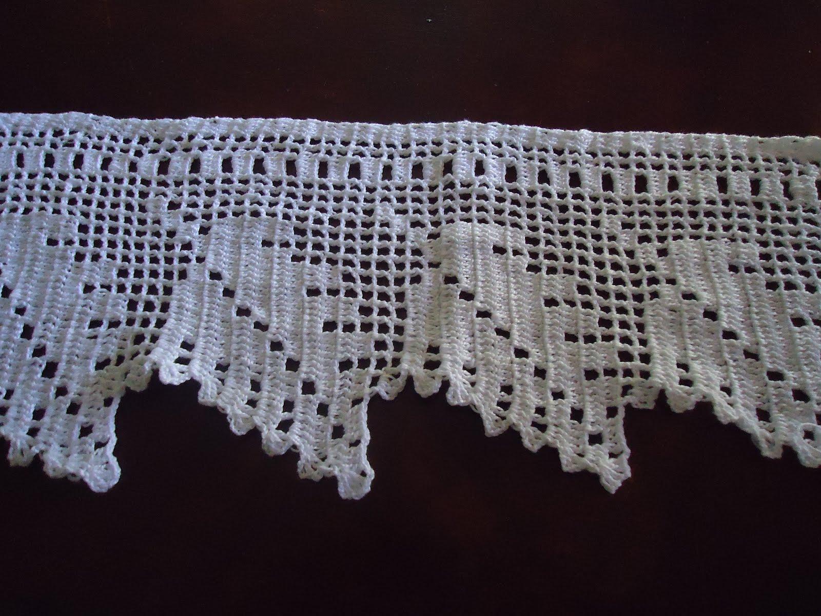 Uma barrinha de crochet para toalha de banho, logo abaixo o gráfico.