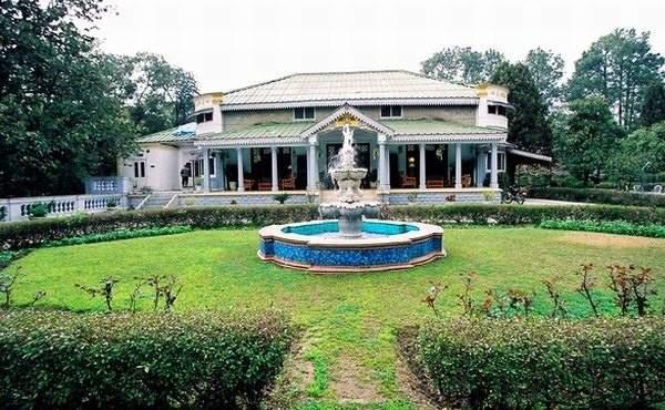 Hotel Taragarh Palace,Himachal Pradesh - Holiday Travel