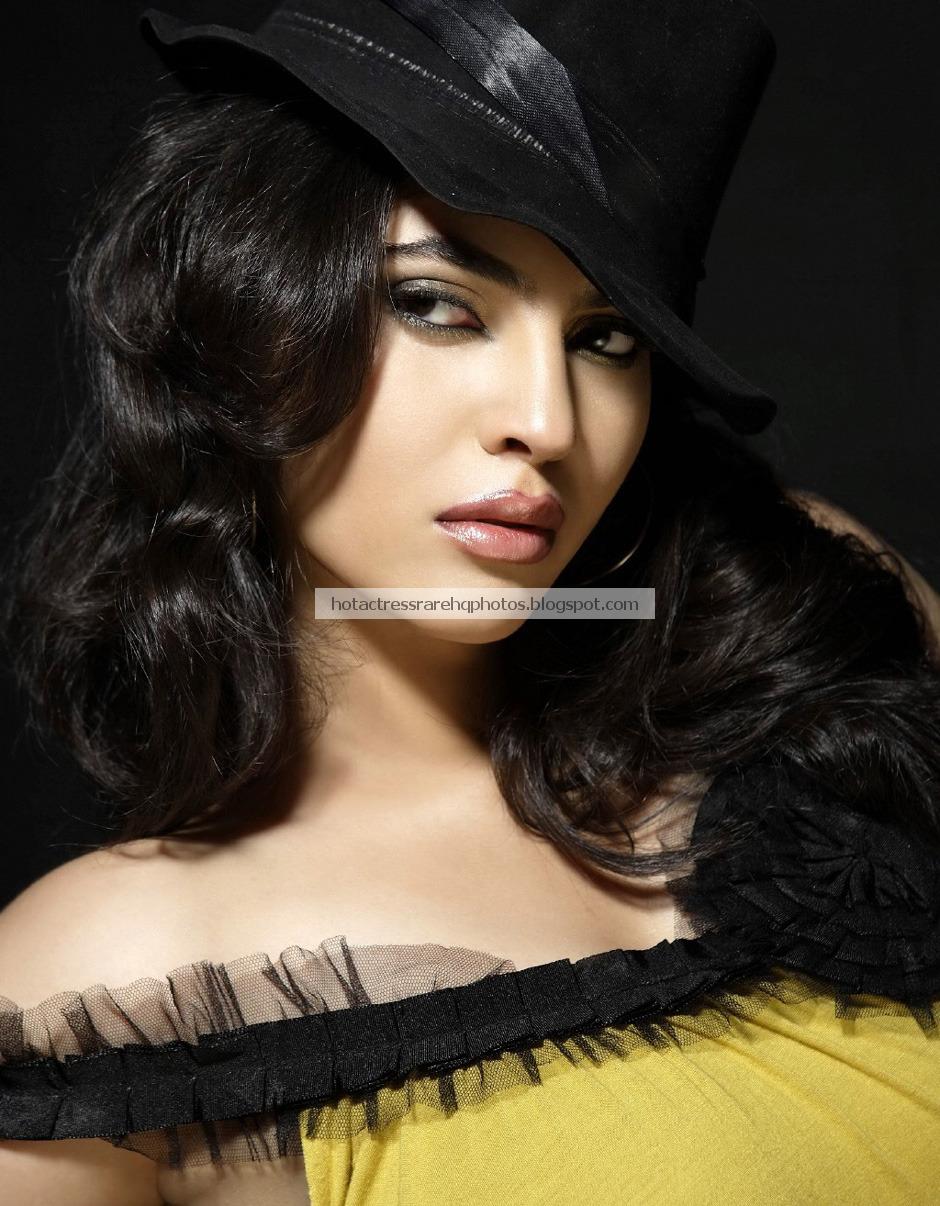 Hot Indian Actress Rare HQ Photos: Gorgeous Tamil Actress Sherin ...