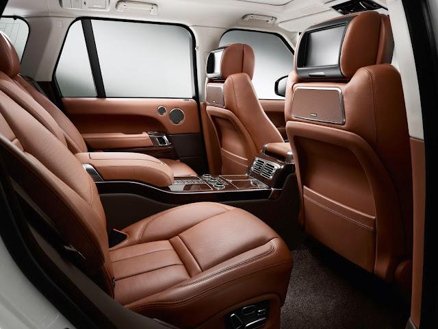 Range Rover Autobiography Black rear seat
