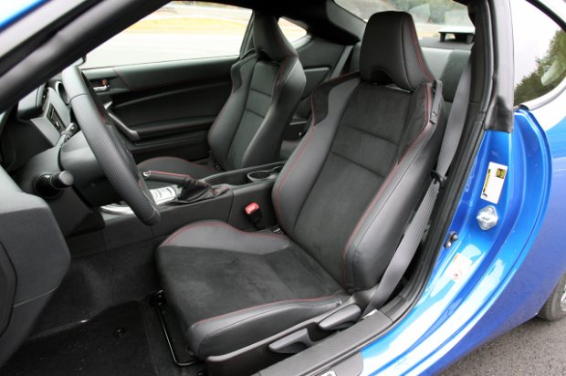 2013 subaru brz first drive front seat