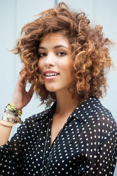 Peinados Pelo Rizado Diario - Más de 1000 ideas sobre Peinados Faciles Pelo Rizado en Pinterest