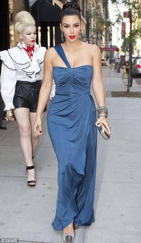 I feel like Cleopatra\': Glamorous Kim Kardashian channels old ...