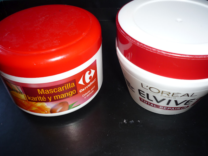 ,Mascarilla Carrefour de Karité y mango. Este producto si que me ha gustado mucho, El olor es delicioso, deja el pelo muy suave , repara las puntas y es
