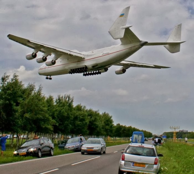 Antonov An-225 Mriya the World's Largest Aircraft