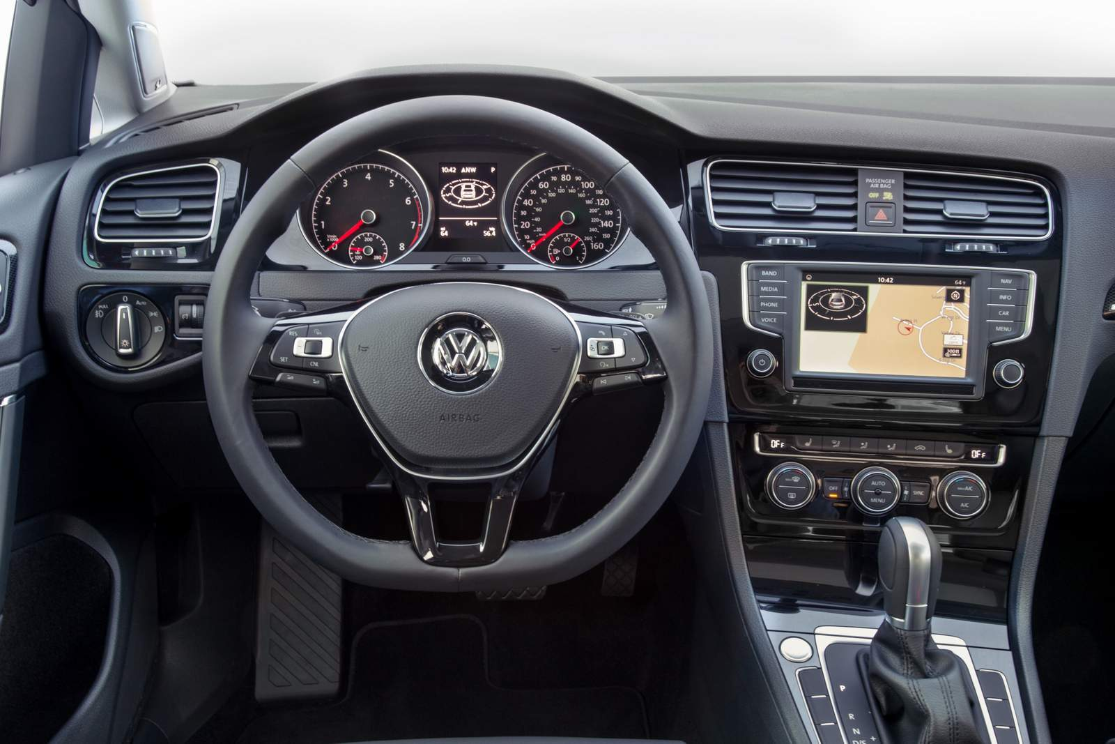 VW Golf 1.4 TSI Flex Automático 2016 - interior