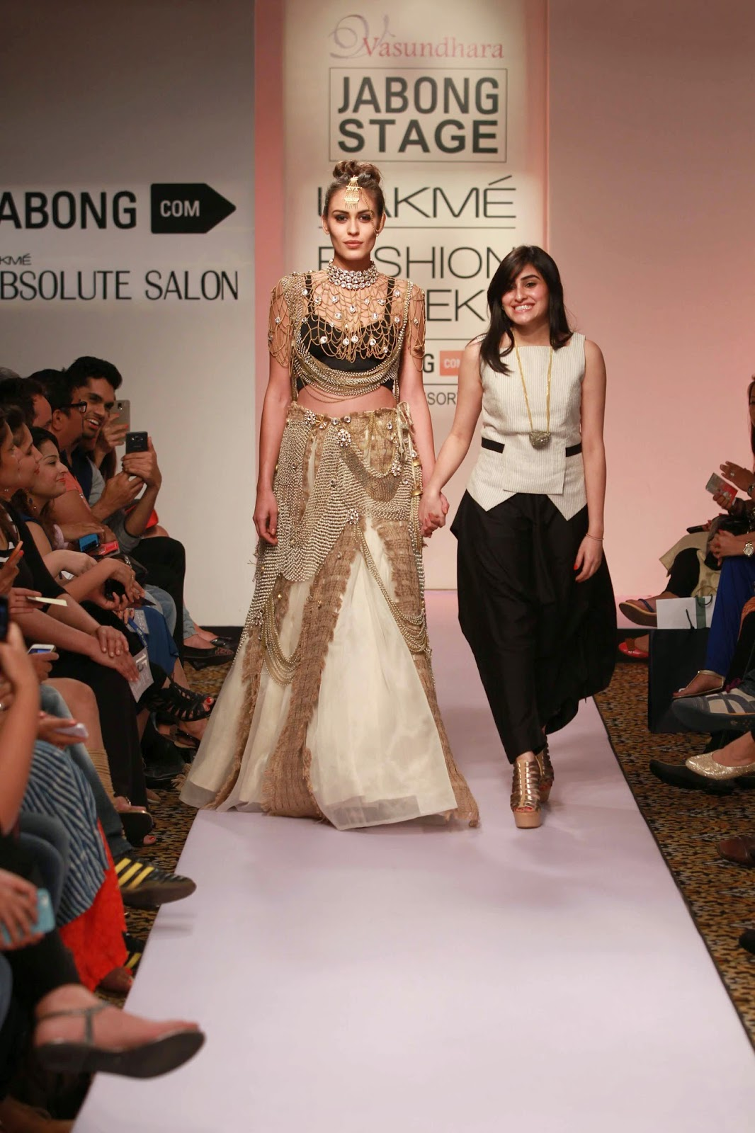 http://aquaintperspective.blogspot.in/, LIFW Day 2,Vasundhara Mantri