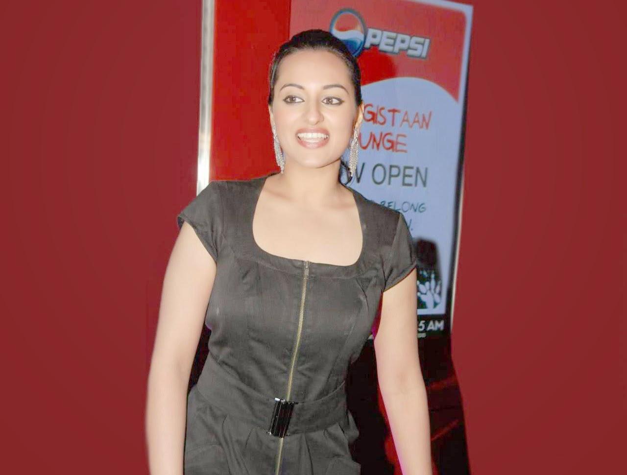 Sonakshi Sinha HD