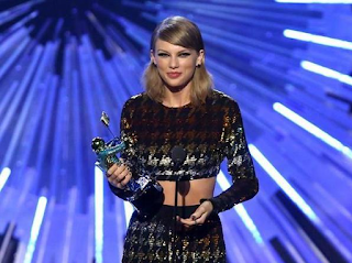 Ganadores de los VMAs 2015