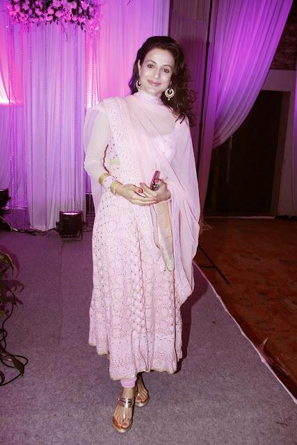 Elli Avram and Ameesha Patel Sexy Stills From Karishma Jain's Wedding Reception