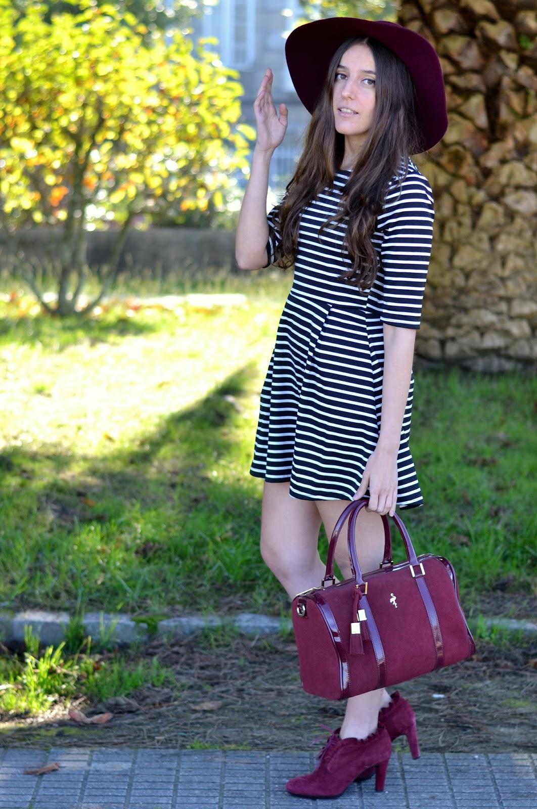 Looks con vestido de rayas blanco y negro