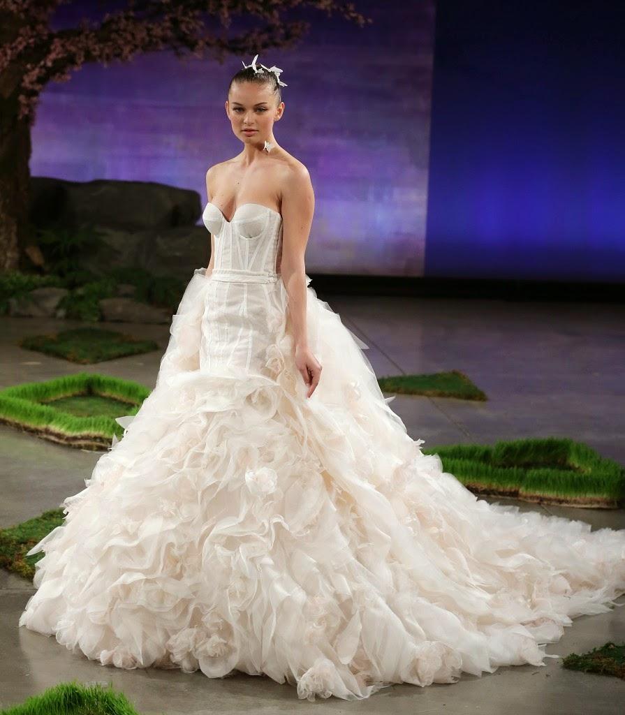 Bonitos vestidos de novias   Colección Ines Di Santo
