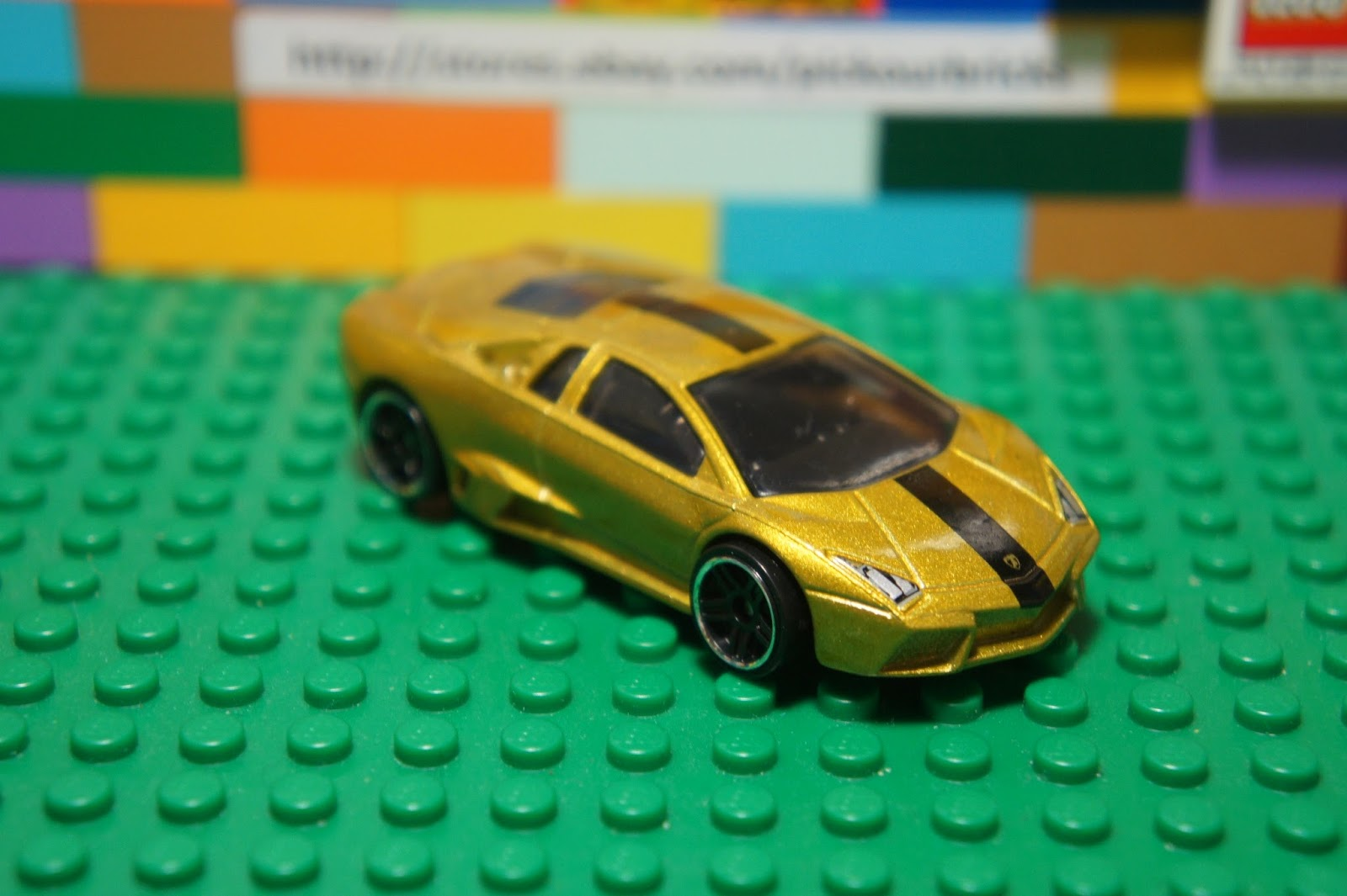 hot wheels yellow gold lamborghini reventon diecast car hw. Black Bedroom Furniture Sets. Home Design Ideas