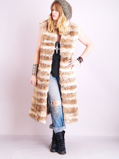 Vintage 1960's brown spotted lynx fur maxi gillet vest.