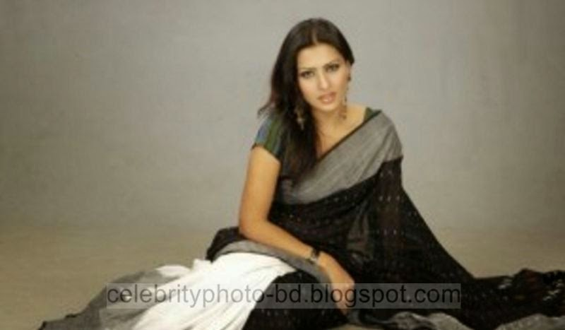 Girls%2BStylish%2BSaree%2BCollection%2BFor%2BEid%2BFestival%2B2014 2015007