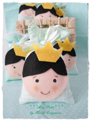 lembrancinha-maternidade-chá de fralda-batizado-sachê-perfumado-príncipe-feltro