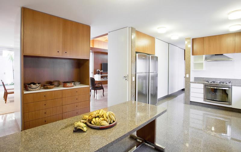 mẫu-phòng-bếp-biệt-thự-11