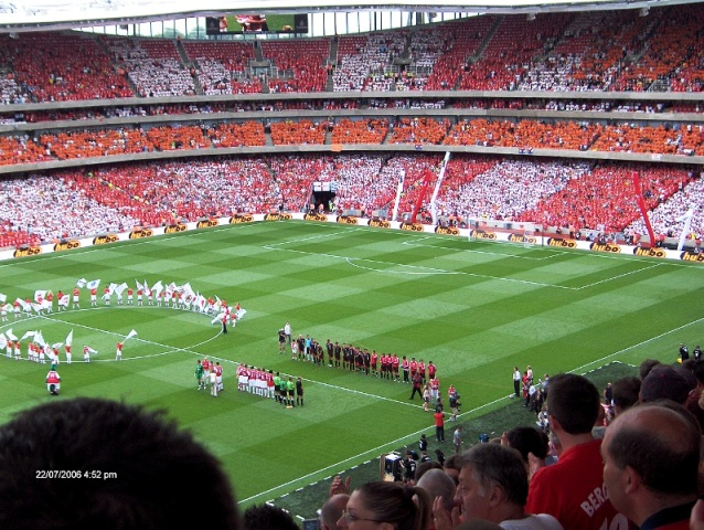 HOME OF SPORTS: Emirates Stadium