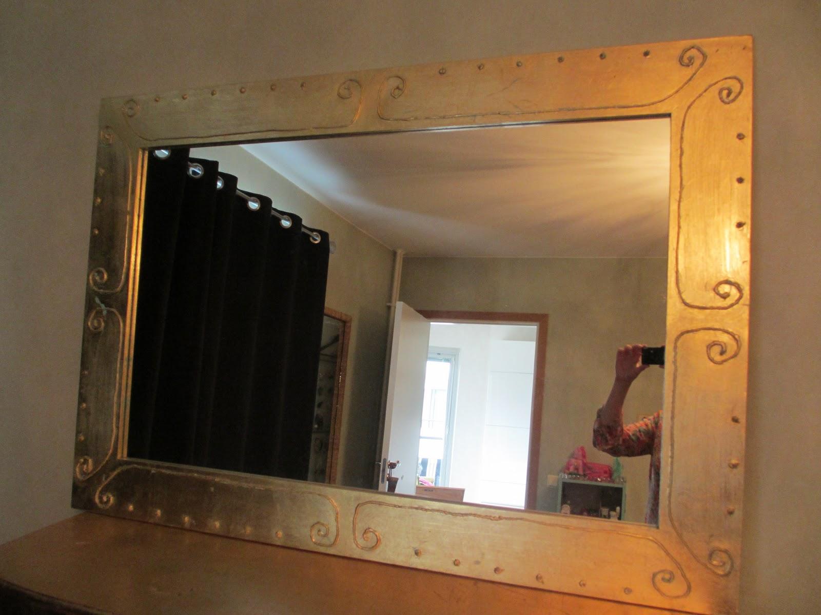 Rum för kung: guldspegel
