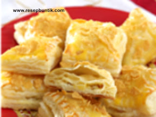 Resep kue kering yaitu Resep Cara Membuat Kue Pastry Isi Keju Lembut Renyah, bahan puff pastry, cara membuat kue puff pastry, resep dan cara membuat pastry kering