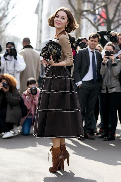 Moda de rua Paris - Street style - Fashion street saia midi