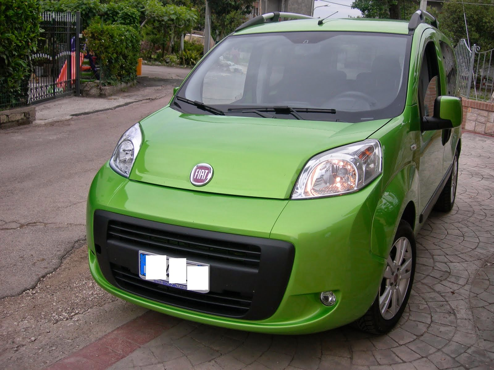 Fiat Qubo 1.4 Metano mylife Natural Power anno 2010 acc.full optional 8.500,00 Euro
