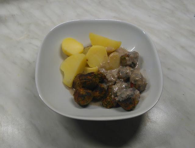 Grönsaksbullar, Köttbullar, vegan, ikea, test, blog, rezept, kartoffeln, sauce