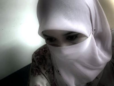 Gambar Wanita Muslimah Berhijab