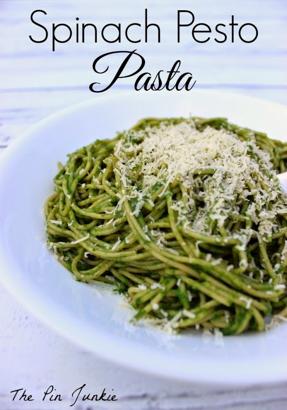 The Pin Junkie: Spinach Pesto Pasta with Chicken